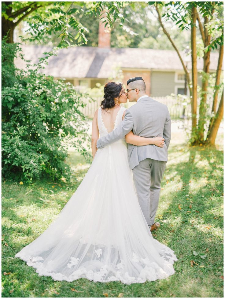 black creek pioneer village wedding shot by best Toronto photographers