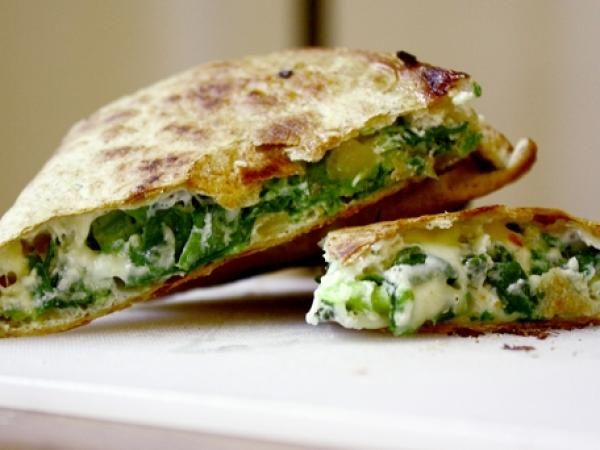 Spinach Pie Quesadilla Recipe | http://aol.it/PqoLou