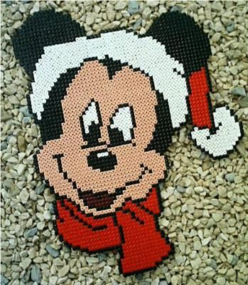 Christmas Mickey Mouse hama perler by Ithilienne