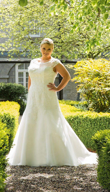 301 best plus size beauty bride images on pinterest boho for Plus size wedding dresses for mature brides
