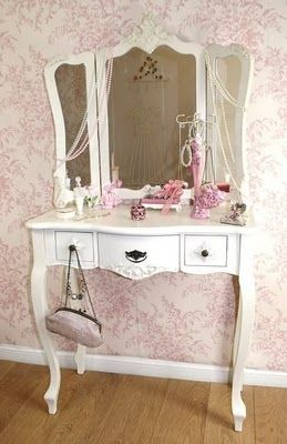 Cute dressing table