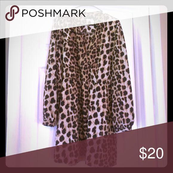 Cheetah print dress 🐾 size 2X Barely worn cheetah print dress. Cuffed sleeves and V-neck, cinched at waist 🐱 ALLOY Dresses Midi