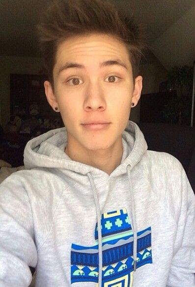 Carter Reynolds,  MagCon Boys