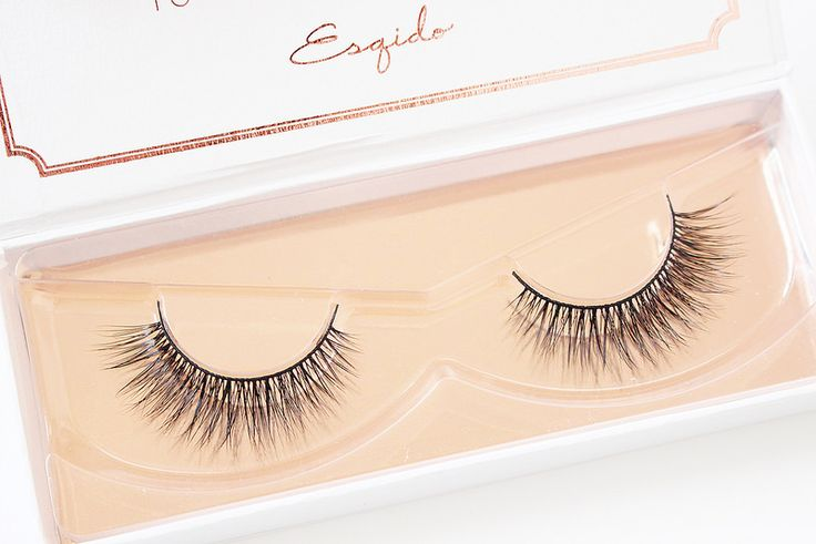 Esqido Mink Lash Unforgettable - These are the perfect false eyelashes for anyone. It flares out to give a nice subtle lift to the eyes. #mink lashes #makeup #makeupgoals #natural #bridal #wedding #bride