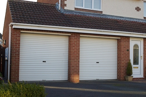 Classic white roller garage doors from market leader Gliderol. Simple and easy to operate & 24 best Electric and Roller Garage Doors. images on Pinterest ...