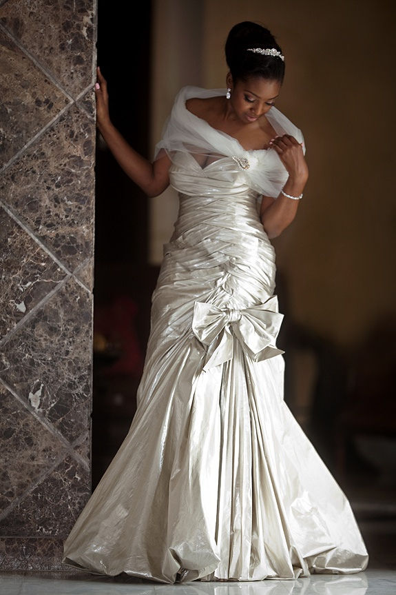 Unique stunning bride in a gorgeous pnina tornai wedding gown don ut like the Shaw part