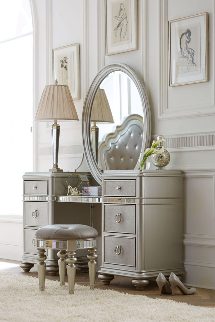 Let our Havertys Brigitte vanity with mirror make a statement in your bedroom. Donned in a platinum finish with polished hardware and a large oval mirror as the focal point, this piece is simply stunning. It provides ample storage space for your delicates and accessories as well. Prepare for your day in style with this standout piece.