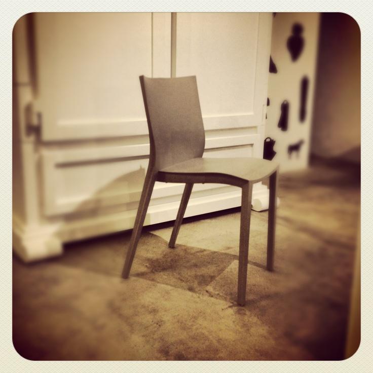 30 sedia slick slick design philippe starck per xo prezzi retr spaziodeep design. Black Bedroom Furniture Sets. Home Design Ideas