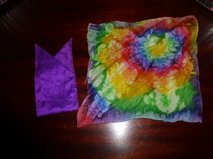 """Pocket squares. Silk, The purple one is not square at all but is sewn to put into the pocket as it is, it can´t be folded.  The other one is dyed with """"wet on wet"""" technique."""