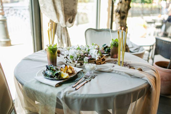 Сервировка стола в романтическом стиле