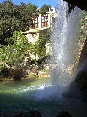Casa rural Molí de Sotorres. Horta de San Joan, Tarragona (Cataluña). España. http://www.toprural.com/Casa-rural-alquiler-%C3%ADntegro/Mol%C3%AD-de-Sotorres_23717_f.html