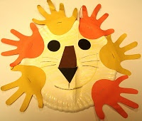 Lion...paper plate and handprints.