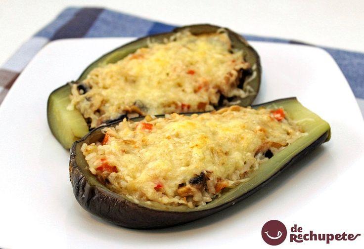 Una opción perfecta para comer en casa o en el trabajo. Berenjenas rellenas de arroz http://www.recetasderechupete.com/berenjenas-rellenas-de-arroz/14745/ #RecetasTáper