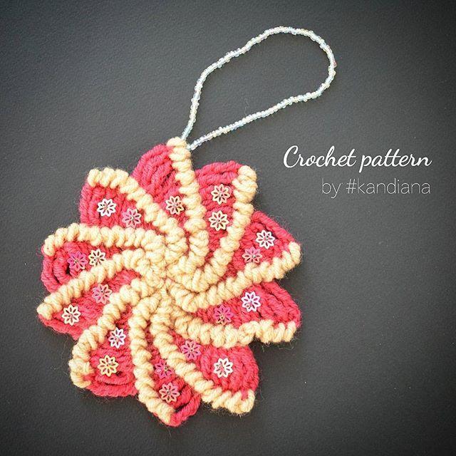 Christmas crochet pattern. More photos by link in bio #crochetpattern #crochetwinter #crochetinspiration #crochetforbeginners #crochetprocess #instacrochet #kandiana #crochetlove #etsy #crochetsnowflake #crochetchristmas #crochetxmas #crochetchristmastree #вяжутнетолькобабушки #вяжукрючком #вяжу #вязание