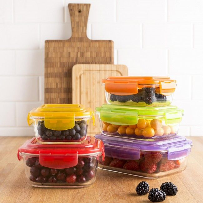 Our Clip It Glass Storage Containers are a great way to store and reheat leftovers. The thick and durable borosilicate glass containers are freezer, microwave and dishwasher safe and will not absorb odours or flavours even after years of use. The airtight, BPA-free, clip-on lids will keep your food fresh and prevent spilling in your fridge or lunch bag.