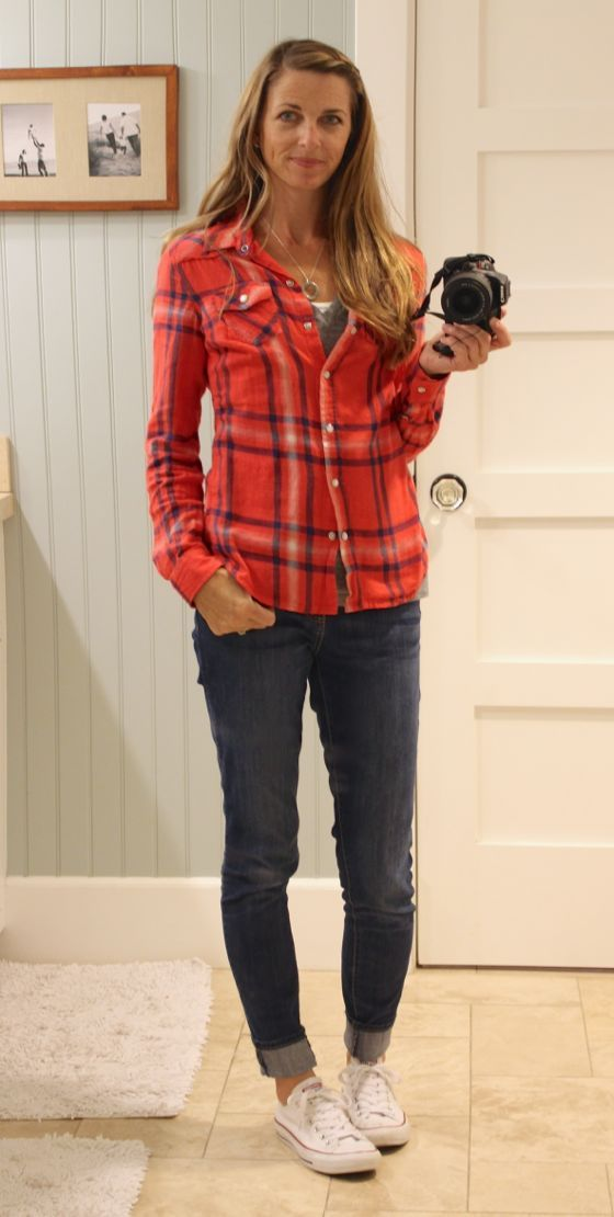 what i wore - plaid shirt, cuddled skinny jeans, converse