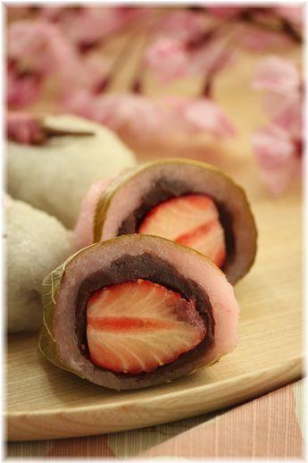 道明寺粉タイプでもいちご桜餅♡ おしゃれな桜餅の作り方