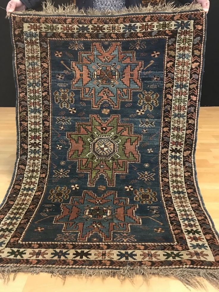7962 best tapis images on pinterest prayer rug carpet and oriental rug. Black Bedroom Furniture Sets. Home Design Ideas