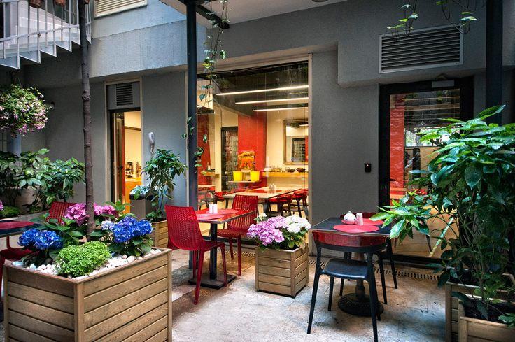 Nuru Ziya Suites / Garden