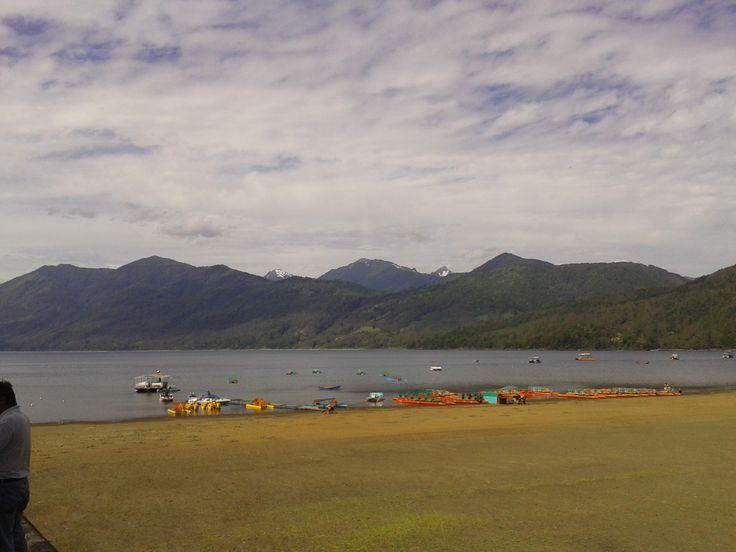 Lago Caburgua, Región de la Araucanía, Chile