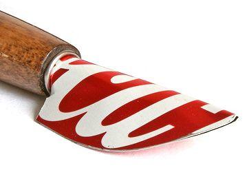 Getränkedose + Essstäbchen + Klebefolie = Cola Pen