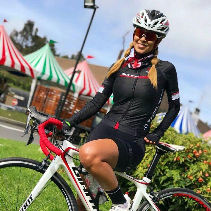 @linaduqueza - Vuelta Oriente 93k con mi team xtremen ♀️ #ChicasCiclistas #cycling #ciclismo #cyclinglife #cyclingwomen #cyclingkit #cyclingpics #cyclingphotos #cyclingwear #cyclinglegs #ridelikeagirl #rideordie #rideyourlife #ride365...