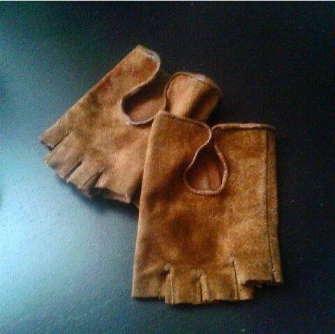 Leather gloves refashion