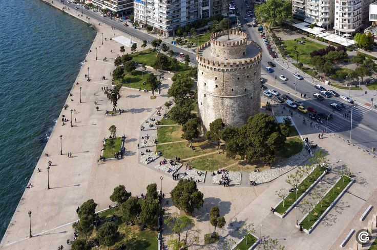 Thessaloniki, White Tower monument | Greece
