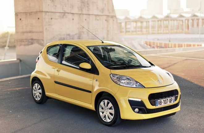 La Peugeot 107 compte parmi les voitures d'occasion très demandée en essence // Voir aussi nos offres de citadines Peugeot 107 d'occasion http://citadine.auto-selection.com/achat-voiture/peugeot+107/