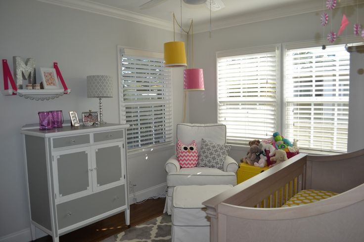 Bright and cheery lampshades over the glider - too sweet!: Cheeri Lampshades, Dsc0205, Colors Pop, Nurseries Gray, Colors Patterns Ideas, Projects Nurseries, Fabulous Nurseries, Nurseries Ideas, Gray Nurseries