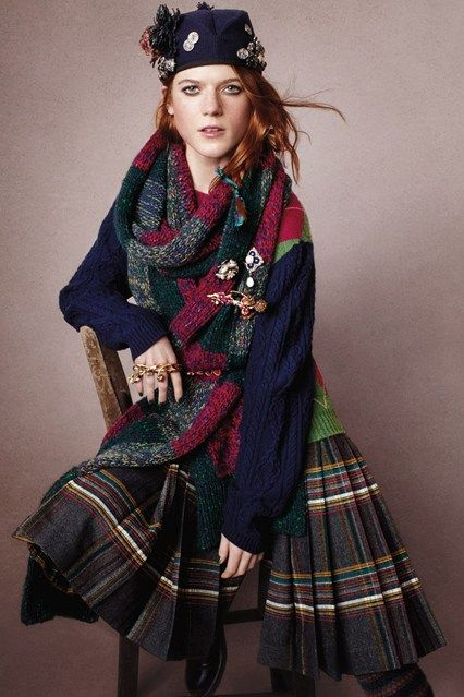 Karl Lagerfeld's latest Chanel Metier d'Art collection was inspired by Coco Chanel's love affair with the country. April Vogue (Great Scots)  #tartan, #tartanmania, #adore_tartan, #Caledonia, #Edinburgh, #Scotland, #Highlands, #chanel, #thistle, #sporran