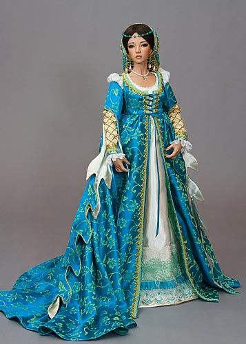 c1440 Italian Renaissance costumed doll - beautifully done and good historical accuracy - showcasing leaf-shaped dagging of the sleeves ... Might be on a doll but I'm drooling over it to wear it!  #renaissance #garb