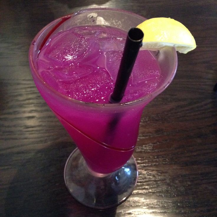 Poppin Purple Lemonade from Red Robin