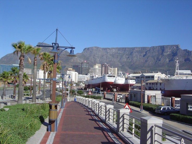 Capetown, South Africa - The walk to the Alfred and Victoria Waterfront