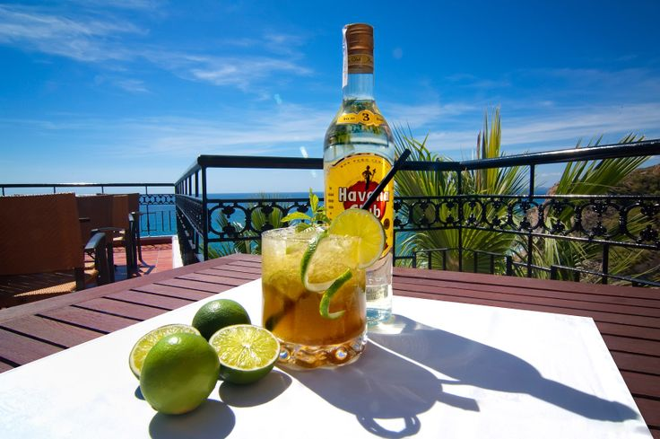 Cóctel de Ron y Lima // Rum and lime cocktail
