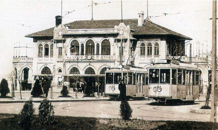 Kadıköy İskelesi ve Tramvaylar