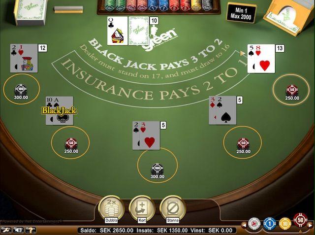 Blackjack Classic spelas med 4 standardkortlekar om 52 kort (exklusive jokrar). Kortlekarna blandas före varje spelrunda.