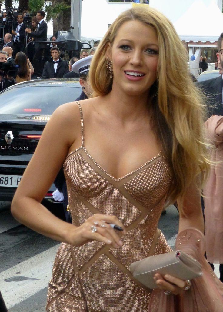 Blake Lively No Source Celebrity Posing Hot Blonde