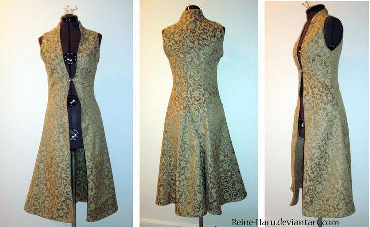 Sleeveless Surcoat by Reine-Haru.deviantart.com on @deviantART