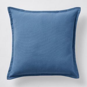 Add the finishing touch to your bedroom or living area with our plain cushion. Delving into an inspiration of simplicity, it's extremely versatile and...