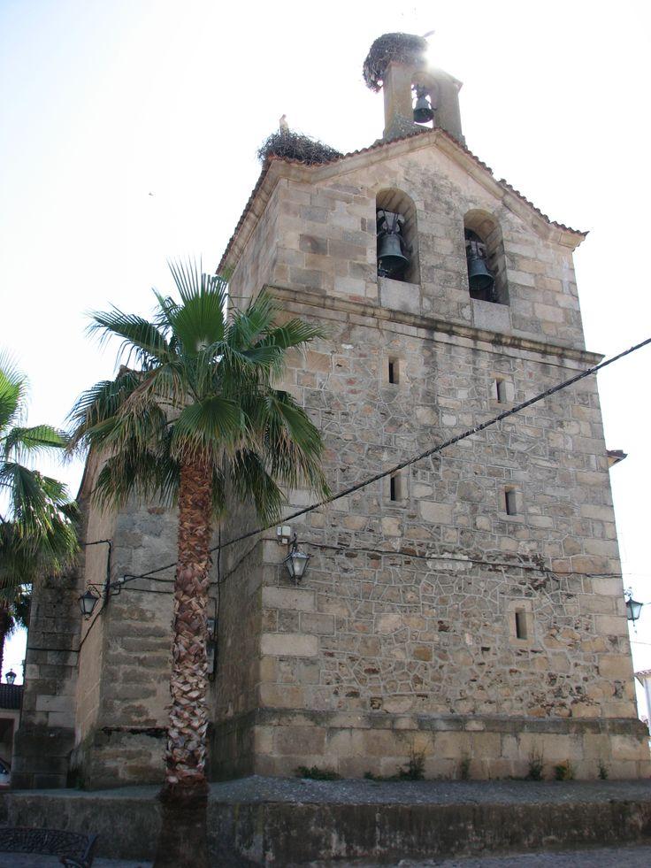 La Iglesia de nuestra Señora de la Asunción se construyó a la vez que se creo este pueblo cuando el Duque de Alba, propietario de estas tierras,  lo autorizara a los habitantes de Villoria. Todo vino como causa de una gran epidemia. Está situada en el punto más alto del pueblo.