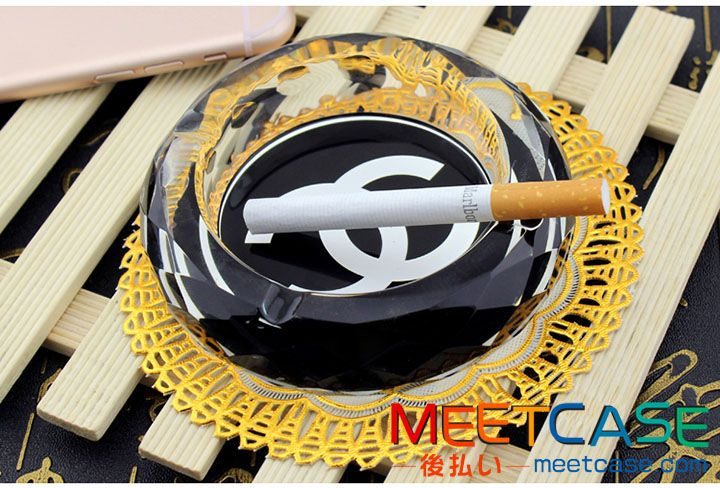 高級 シャネル 吸煙灰皿 CHANEL アッシュトレイ 喫煙具 おしゃれ かわいい 水晶・クリスタル灰皿 丸型 卓上