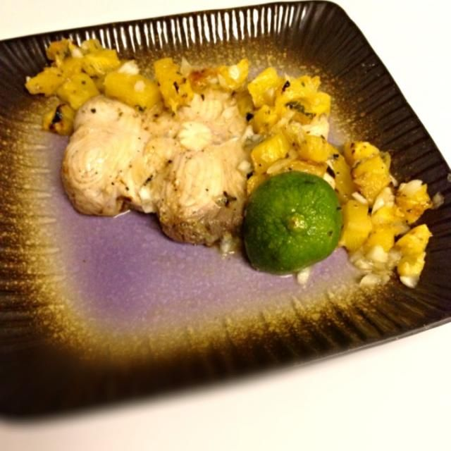 レシピとお料理がひらめくSnapDish - 0件のもぐもぐ - Baked Corona Shark Steak with Grilled Pineapple Salsa by Jules Vlosky