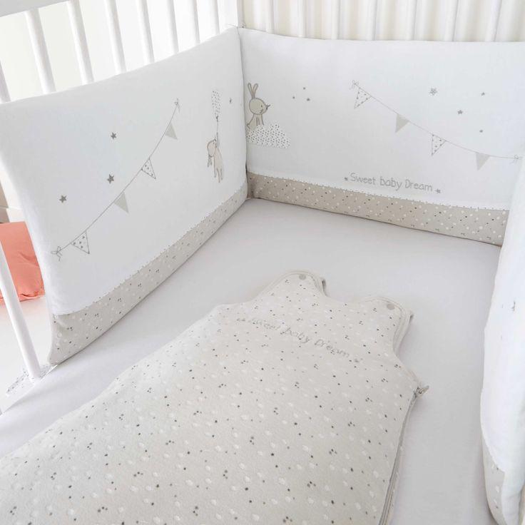 Tour de lit thème 'lapin' 25€ blanc Bébé garçon