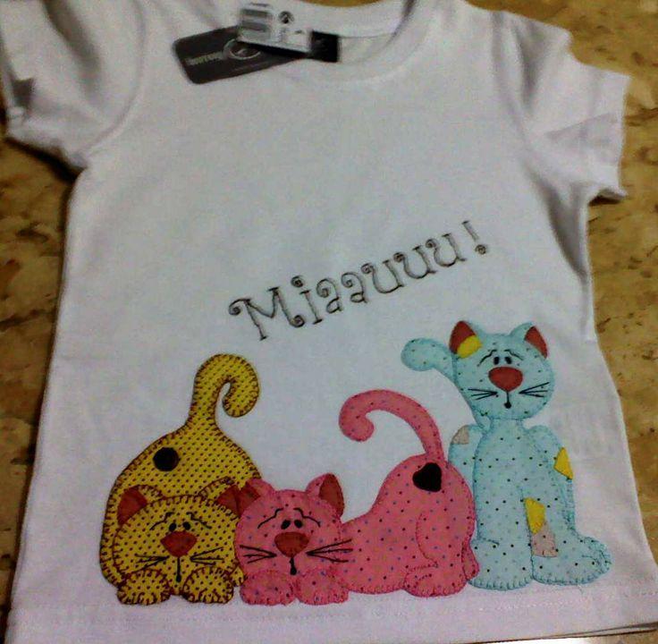 Erva Doce - Patchwork: Camiseta infantil gatinhos