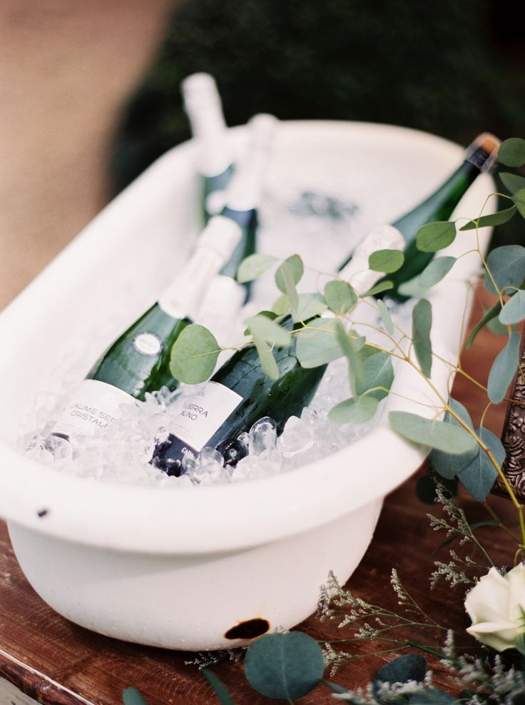 #sparkling  Photography: Erich McVey - erichmcvey.com  Read More: http://www.stylemepretty.com/2014/06/19/southern-garden-wedding-wrapped-in-elegance/