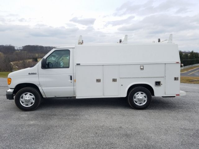2006 Ford E 350 Cutaway Utility Van Trucks For Sale Commercial Vehicle Recreational Vehicles