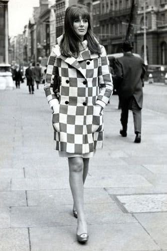 The most stylish fashion icons of the 1960s, from Jean Shrimpton to Twiggy.