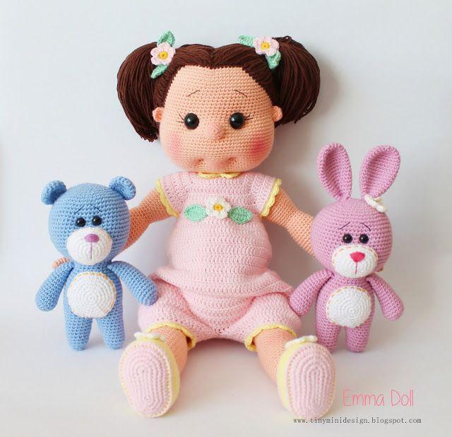 Merhabalar,  Tonton kızım Emma ile birlikte geldik bugün :)  Epeyce büyük bir bebek olduğu için biraz uzun sürdü örmesi.