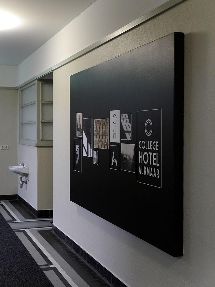 Een ontwerp op canvas groot formaat.  https://www.fotogeschenk.nl/wanddecoratie/foto-op-canvas.php